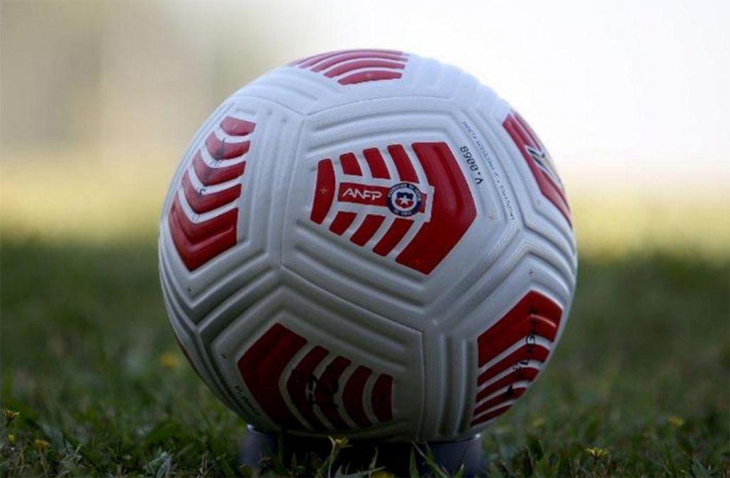 Crisis en la selección chilena por cuatro futbolistas que incumplieron burbuja sanitaria