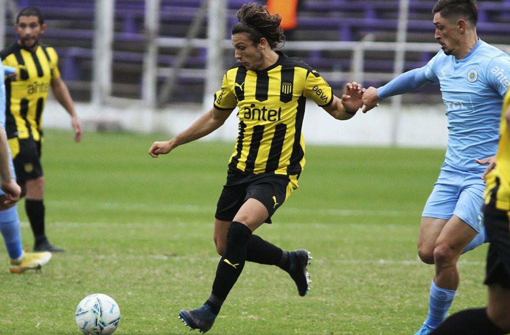 Peñarol visita a Montevideo City Torque en el Franzini por la fecha 7