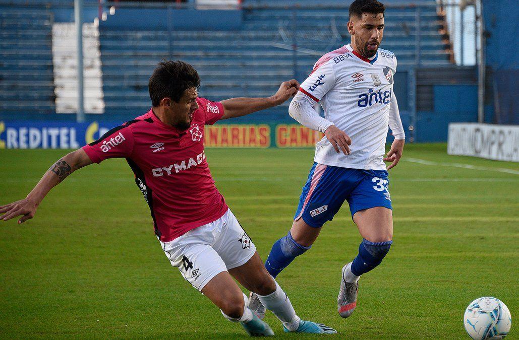 Con triplete de Bergessio, Nacional le ganó 3-0 a Wanderers y sube a lo más alto de la tabla