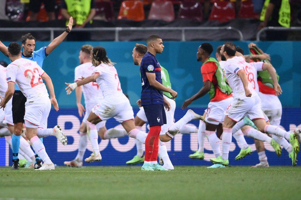 Ciao Mbappé, la prensa europea no tiene piedad con la eliminación de Francia en la Eurocopa