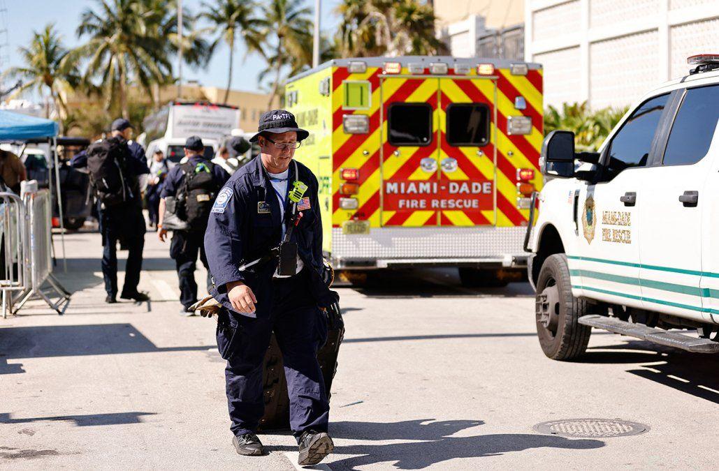 Muertos en derrumbe en Miami suben a 24 y demolerán lo que quedó del edificio