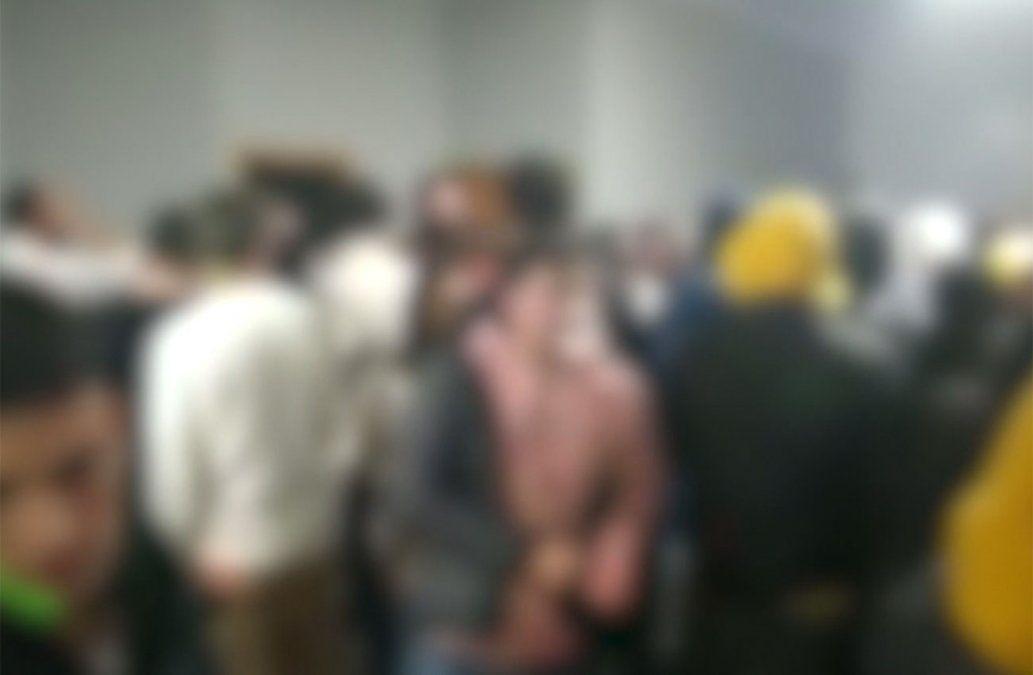 Fiesta clandestina con más 200 jóvenes en campo de Florida