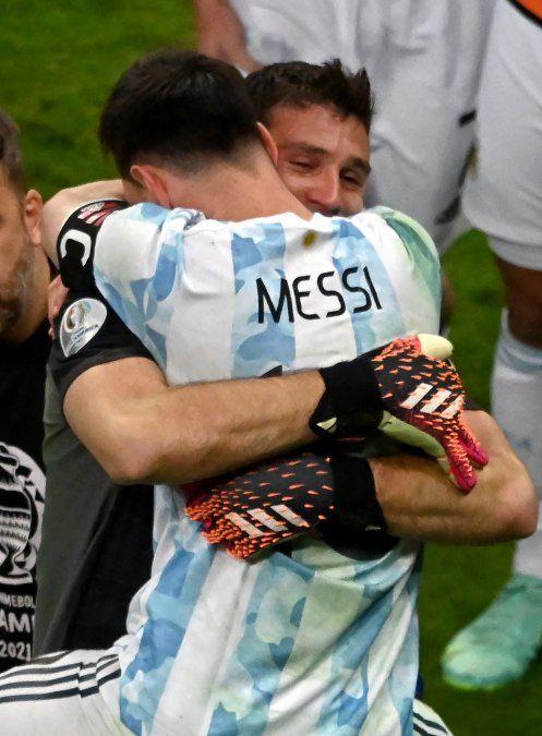 Argentina gana por penales a Colombia y Copa América tiene final soñada: Messi vs. Neymar