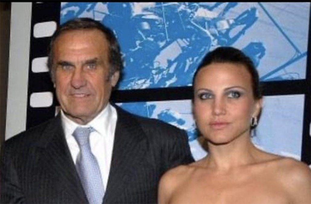 Carlos Reutemann y su hija Cora (foto tomada del Twitter de Cora Reutemann).