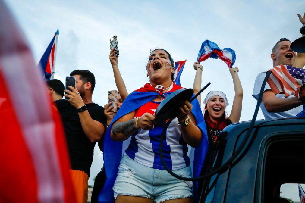 El internet móvil, gran aliado de las airadas protestas en Cuba