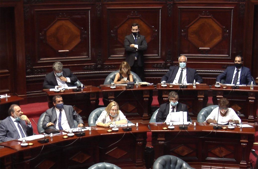 Senadores del oficialismo exhortan al gobierno de Cuba a respetar los derechos civiles