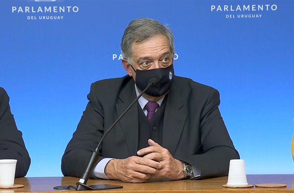 Ministro de Ganadería no comparte el proyecto de ley de Cabildo para limitar la forestación