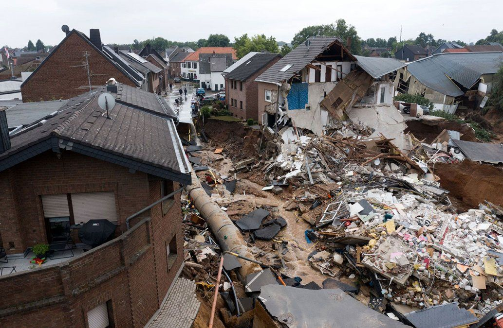Más de 120 muertos y decenas de desaparecidos por temporal en Europa