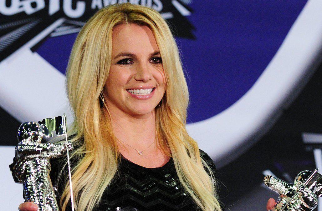 Furiosa en Instagram, Britney Spears renuncia a hacer presentaciones bajo tutela de su padre