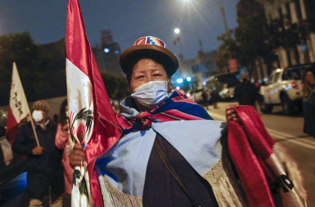 Lacalle Pou saludó al presidente electo de Perú, Pedro Castillo