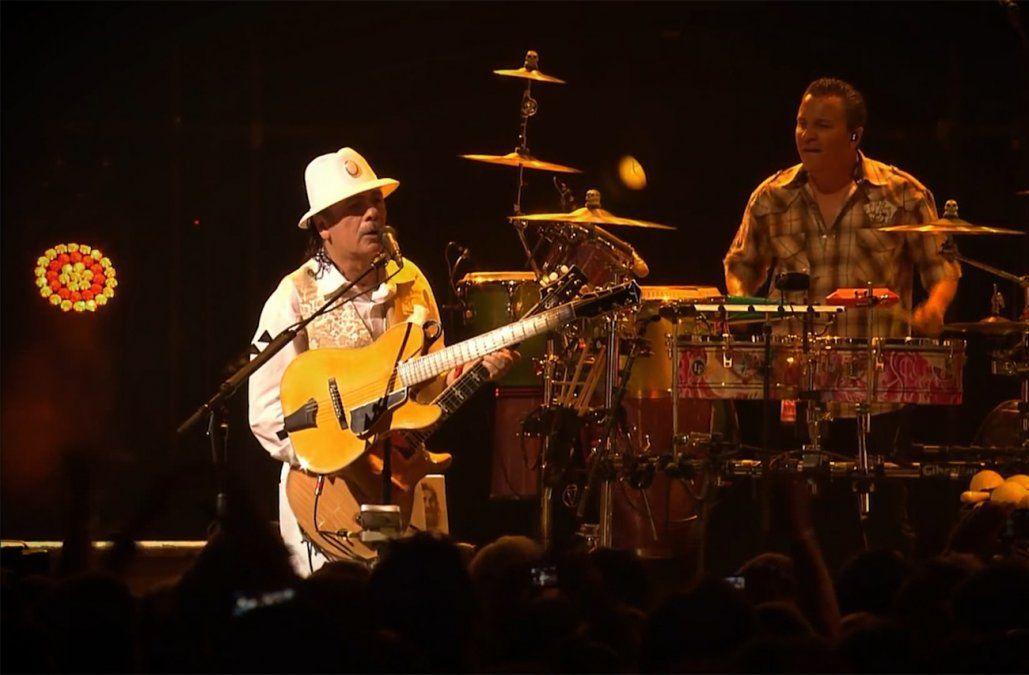 Guitarrista Carlos Santana galardonado con el Premio Leyenda