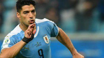Uruguay se encontró con otro Japón y empató 2 a 2 corriendo de atrás