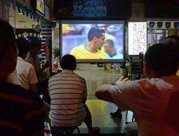 Andebu niega que bares y cables deban pagar por tener televisores para el público
