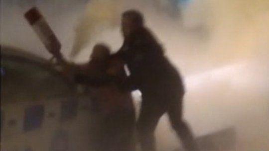Delincuente se atrincheró en una rotisería y atacó a los policías con un extintor de fuego