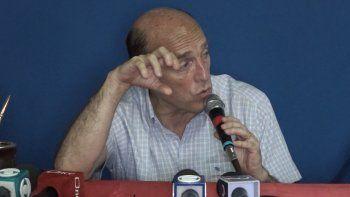 Martínez propuso crear 90 mil puestos de trabajo y aseguró incentivos a sectores