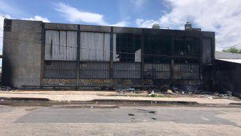 Se incendió un depósito del Mides en la zona del Mercado Modelo