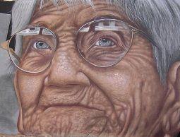 altText(Mural homenajea a Luisa Cuesta en la plaza que lleva su nombre)}