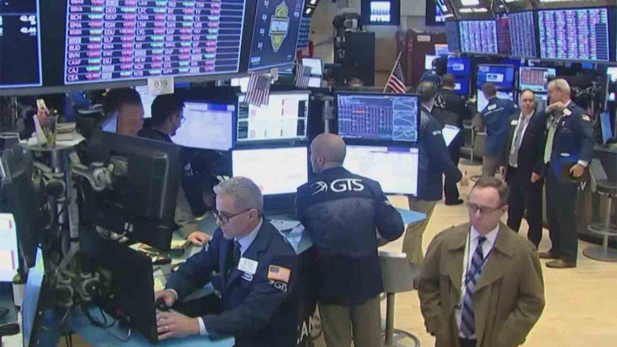 Wall Street en su peor semana desde 2008 por el coronavirus