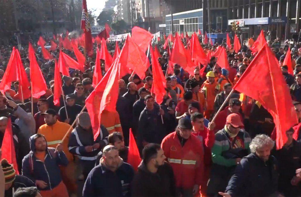 Paro del Sunca el lunes por la muerte de un trabajador en una obra en Montevideo