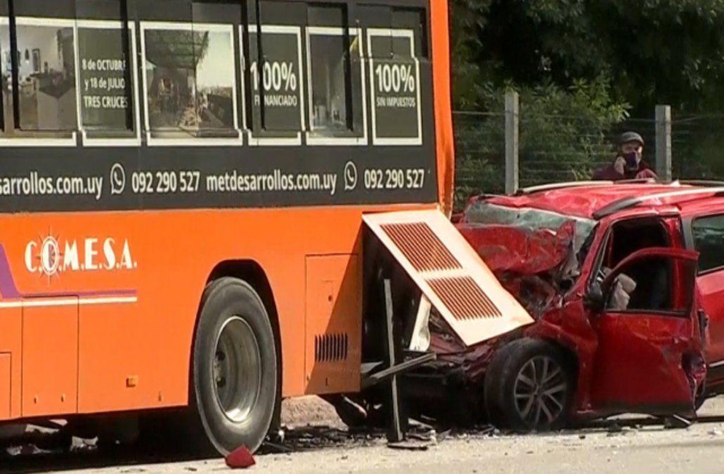 Falleció el conductor de una camioneta que chocó de atrás a un ómnibus