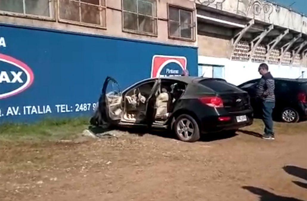 Prendieron fuego el auto de Daniel Enríquez, gerente deportivo de Cerro