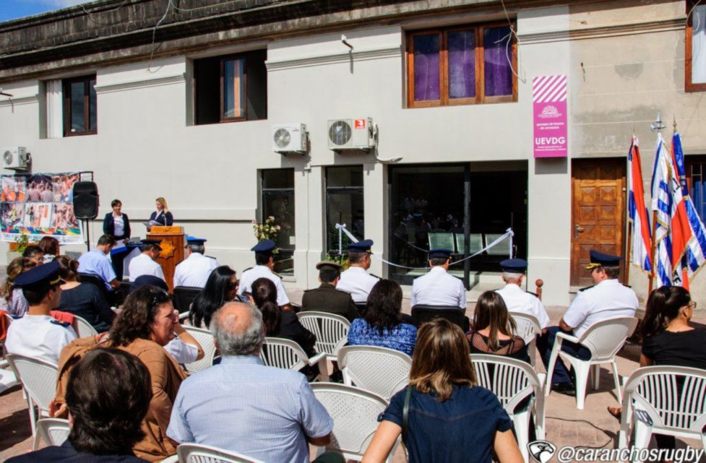 Estreno de la remodelación de la Unidad contra la Violencia Doméstica en Minas