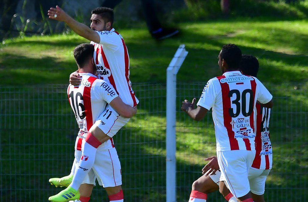 River Plate le cortó la racha triunfadora a Nacional y Progreso se le puso a un punto