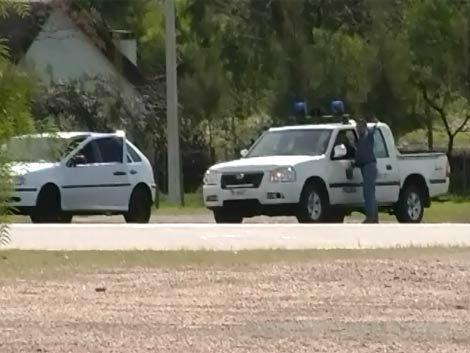 Delincuente muerto tras tiroteo con policías en sucursal bancaria