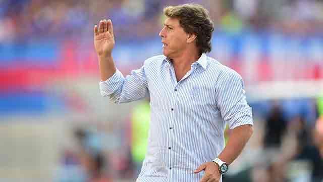 Juan Ramón Carrasco: al principio de su carrera trabaja con énfasis en la delantera