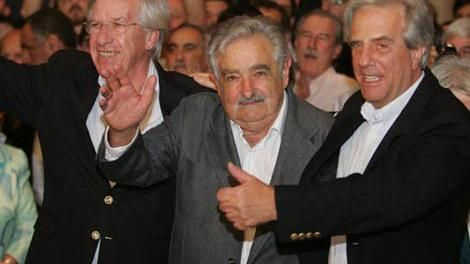 Mujica: a Danilo Astori le falta sex appeal y Tabaré Vázquez está viejo