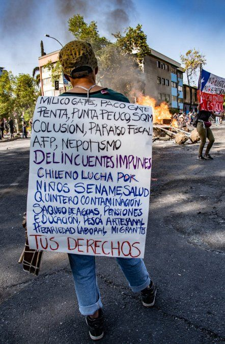 Quince muertos durante los incidentes en Chile, informa el gobierno