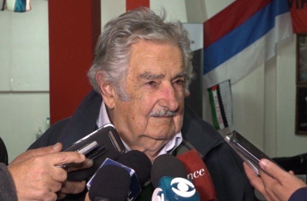 Mujica calificó de desastre lo que hizo Moreira y dice que debe renunciar a la Intendencia