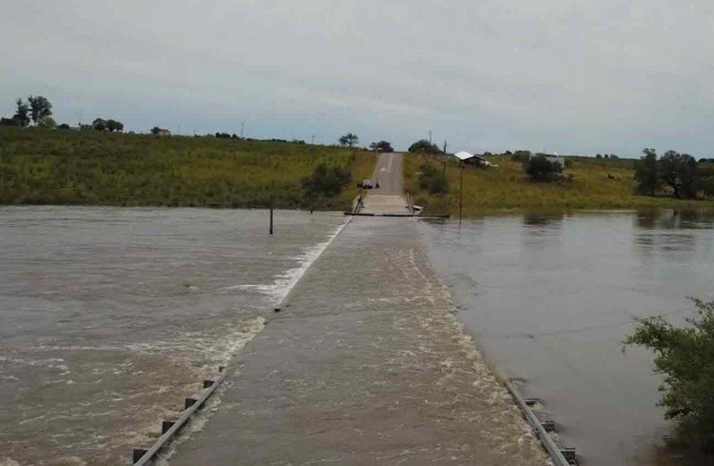 Un hombre murió al intentar cruzar un paso crecido en Cardona