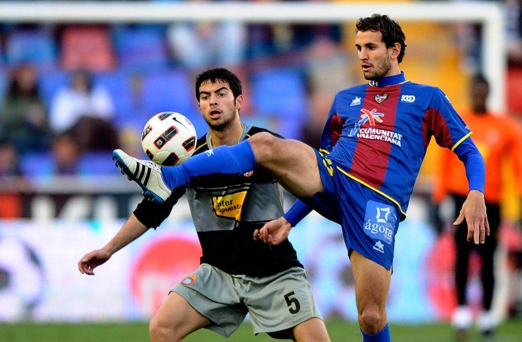 Stuani con la camiseta de Levante en 2011. Estaba cedido en ese club y necesitaba mostrarse para seguir en Europa