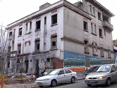 Vecinos conformes con el desalojo de edificio de Parque Rodó