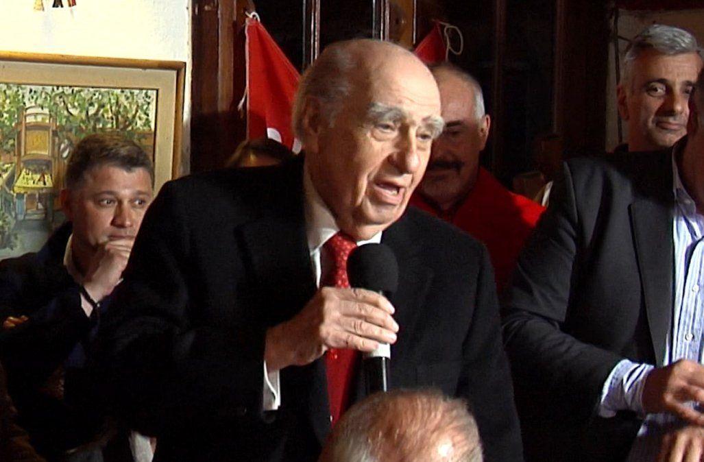 Sanguinetti anunció que deja la neutralidad y va a ensobrar la papeleta de la reforma