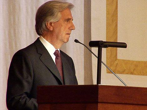 Vázquez explicó en Washington la política antitabaco de Uruguay