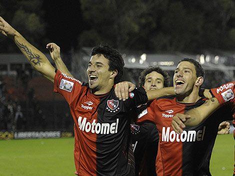 Newells a semifinales de Libertadores tras definición infartante