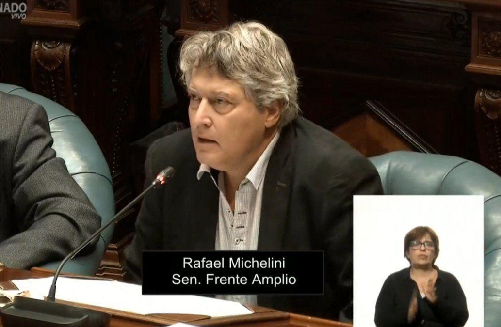 Exabrupto del senador Rafael Michelini en el Parlamento
