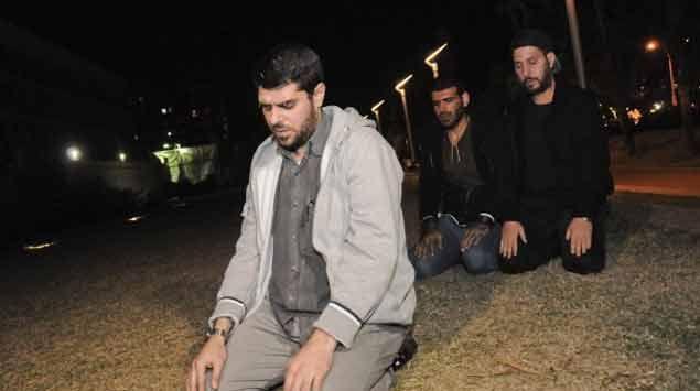 Refugiados abandonan protesta ante Embajada de EE.UU y firman acuerdo