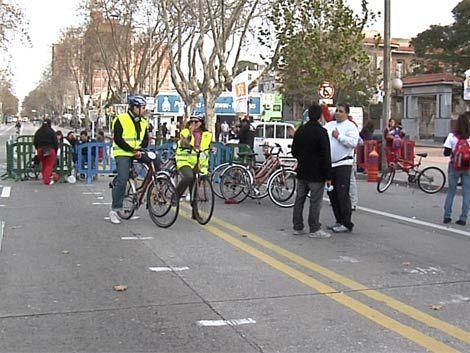 Intendencia de Montevideo transformó 8 de Octubre en ciclovía