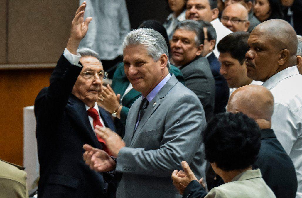 ¿Quién es Miguel Díaz-Canel, el hombre que sustituirá a Raúl Castro al mando de Cuba?