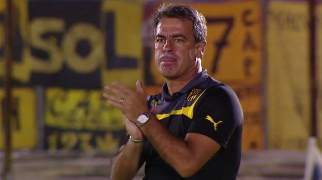 Bengoechea a plantel de Peñarol: ser campeón no es meta; es una actitud