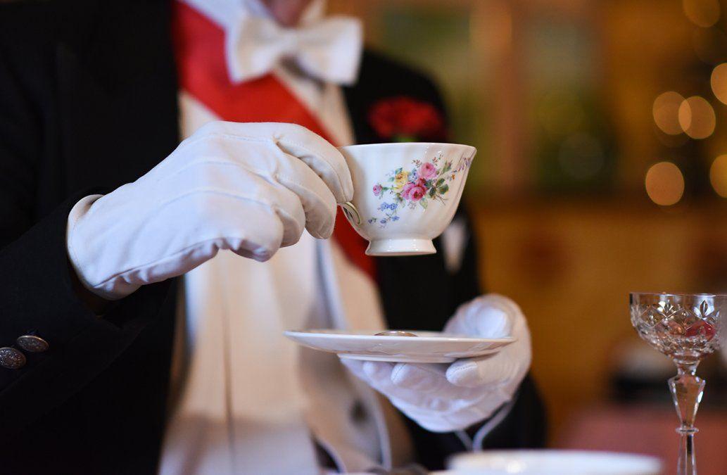 Meghan aprendió a tomar té en Los Ángeles antes de conocer a la reina