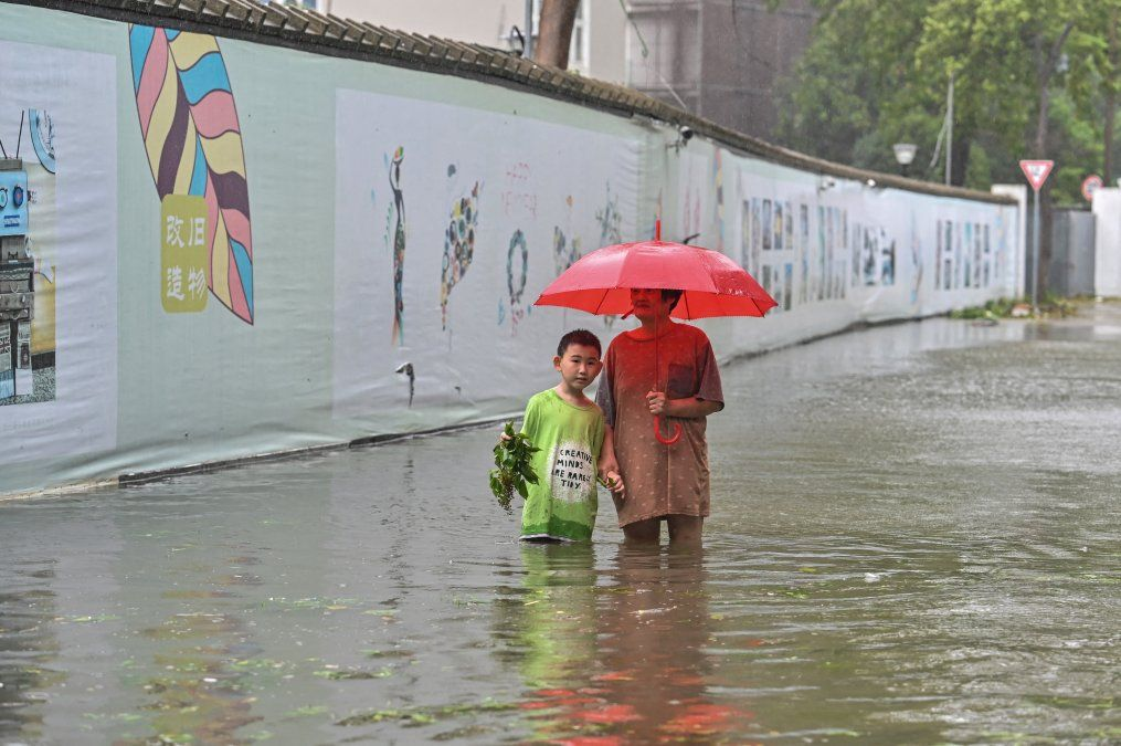 Zona inundada en un vecindario en Ningbo
