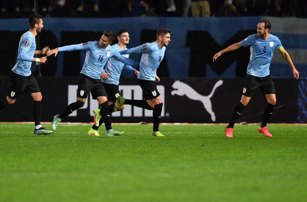 Uruguay le ganó 4-2 a Bolivia en la eliminatoria a Catar-2022