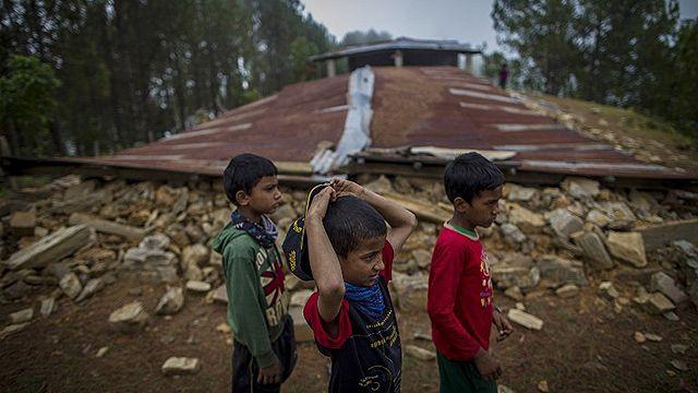Unicef alertó por peligro del tráfico de niños tras terremoto en Nepal