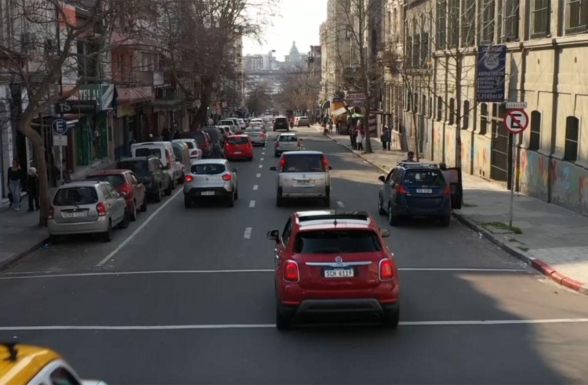 Desarticularon una banda que robaba autos y los vendía en Montevideo