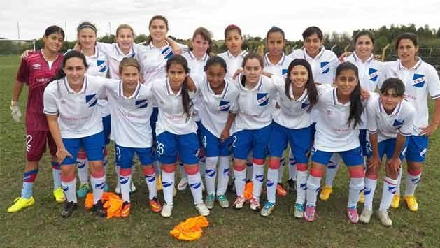 Histórico: Nacional goleó 35-0 a Huracán en fútbol femenino