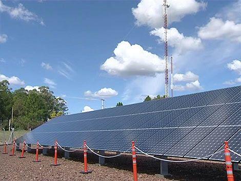 Gobierno apunta a las energías renovables con granjas solares